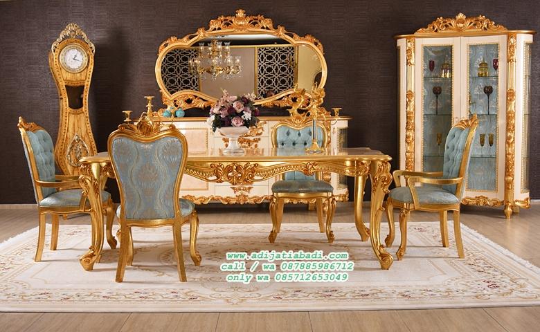 desain kursi makan klasik full gold dengan bufet cermin klasik ruang makan