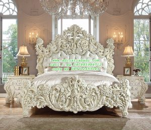 Tempat Tidur Klasik Ukiran Jati Jepara