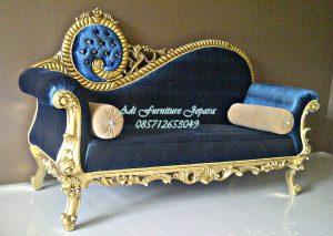Bangku Sofa Mewah Klasik