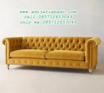 Bangku Sofa Charming Chesterfield