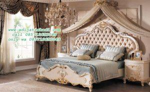 Set Kamar Tidur Klasik Casandra