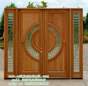Pintu Rumah Depan Kaca