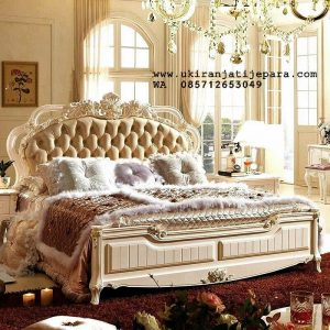 Tempat Tidur Ukiran French